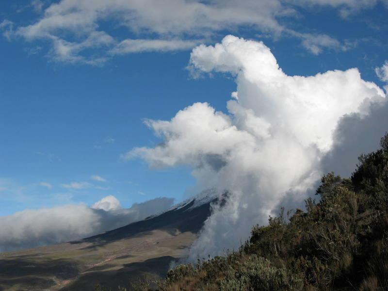 Cloudzilla devours Cotopaxi.