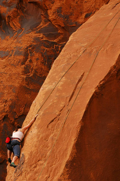 Glyn doing a little top-rope on the Slab.<br> <br> Photo by Andy Librande.