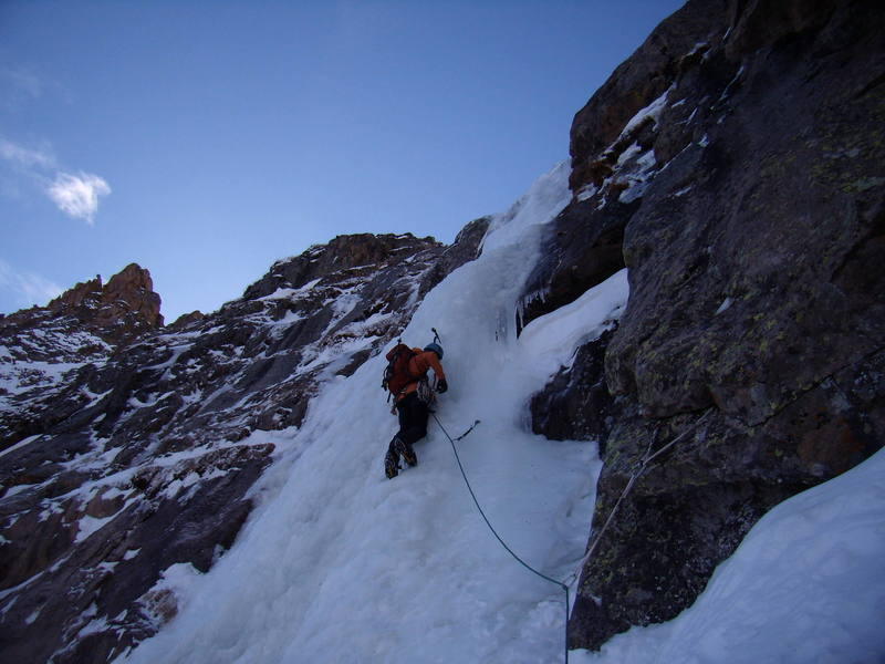 Jordan Griffler, leading the last ice pitch, North East Face Notchtop. Nov 3rd 2007.