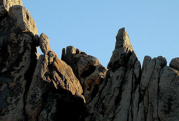 Cool looking rocks at Lost Horse.<br> Photo by Blitzo.