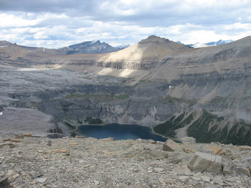 The view of Rockbound Lake from the summit.