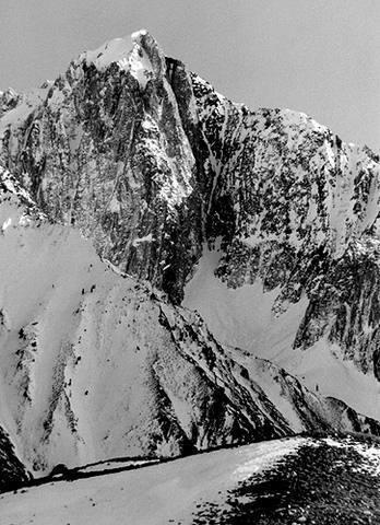 Mt. Morrison.<br> Photo by Blitzo.