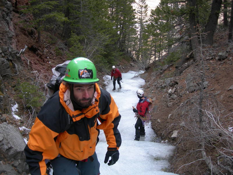 Ace, K. Hirst and myself in the drainage above Moonrise, seeking to gain enough elevation to traverse East into the Pillar Of Pain