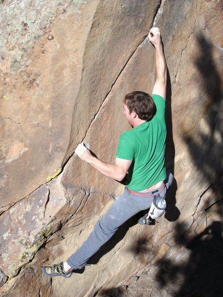 God Rock/Problem Rock - Finger Crack, V3, White Rocks, New Castle