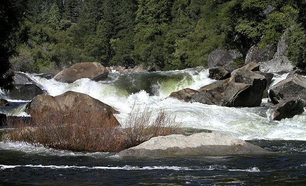 Merced rapids.<br> Photo by Blitzo.