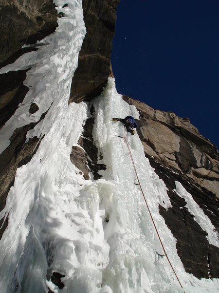 Blue skies, no crowds, warm enough to climb with out gloves, but not dripping.<br> <br> Is this really RMNP in January ??