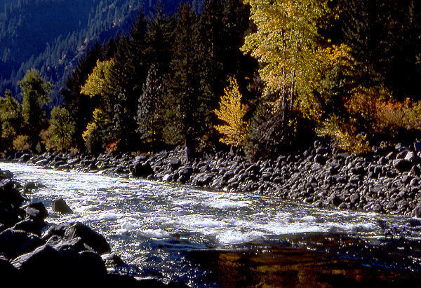Icicle Creek-fall 1976.<br> Photo by Blitzo.