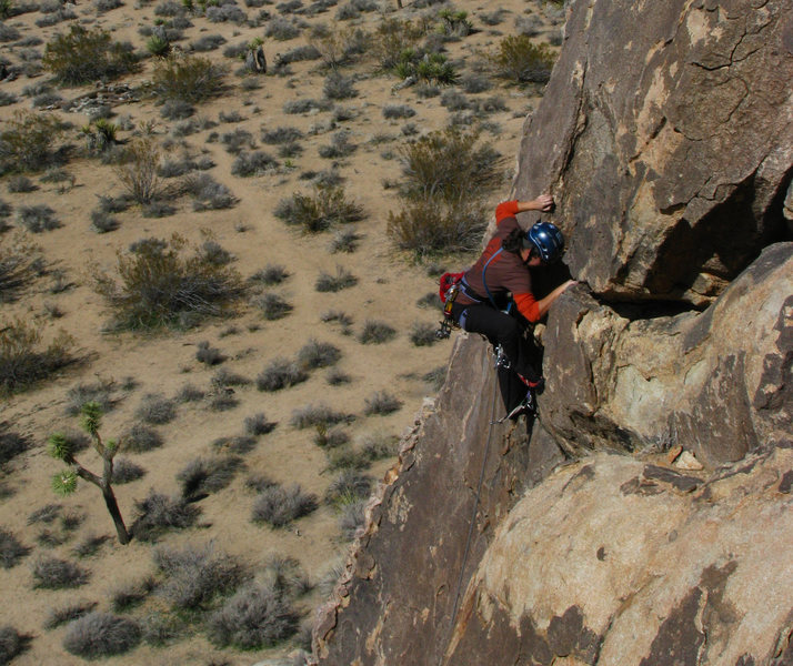 """Johnnie entering the """"pod"""", below the crux to The Chief"""