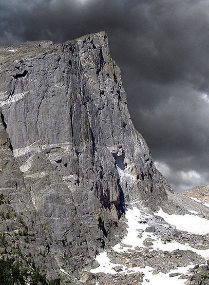 Hallett Peak.<br> Photo by Blitzo.
