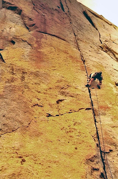 The spectacular 1st pitch, Greg Jackson climbing<br> <br> (scan)