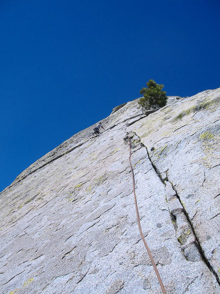 Mike Schneiter on the 5.7 finger crack on Magic Dragon.