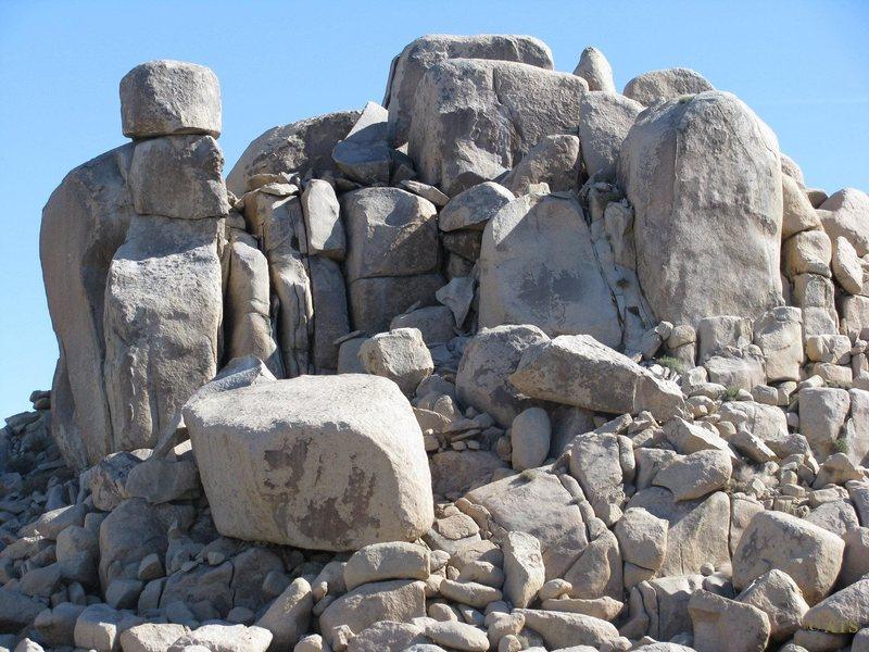 [[Sweet Pile of Rocks]]105720977