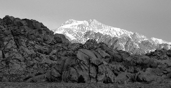 Mt. Williamson from Alabama Hills.<br> Photo by Blitzo.