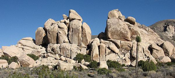 Horror Rocks Northwest side.<br> Photo by Blitzo.<br> <br>