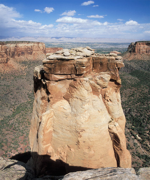 Grand View as seen from the rim. <br> <br> The Southwest Defile Route follow the right-facing corner to the visible anchor and then goes up and right to the offwidth.