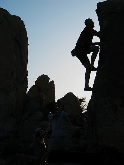 Getting in one last problem on Pacifier (V0), Joshua Tree NP