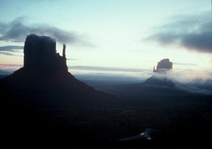The standard Monument Valley shot