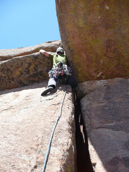 Ben Hobgood leading the start of pitch 2.