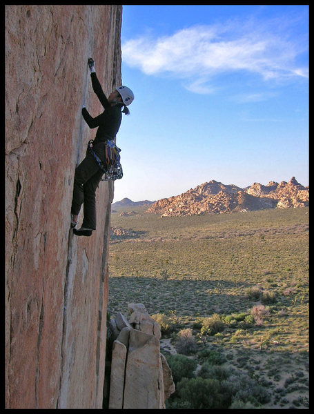 Angelina climbing smoothly through the crux of Wangerbanger.