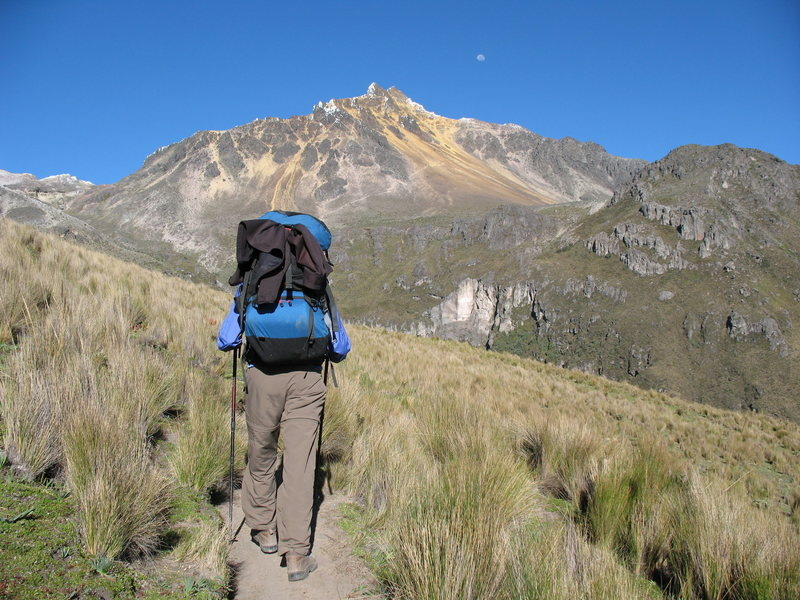 Nancy Bell hikes toward Illiniza Norte.