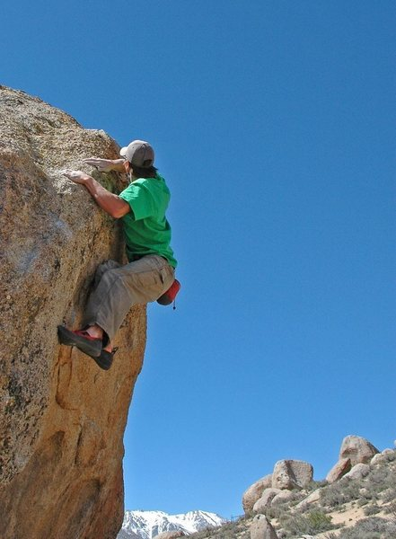 Bouldering at Buttermilks Main