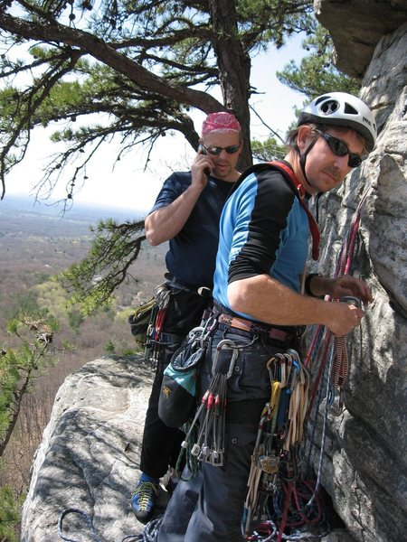Scott S takin' care of business while I do all the work ;-)  GT Ledge atop P1 of Dennis, Gunks