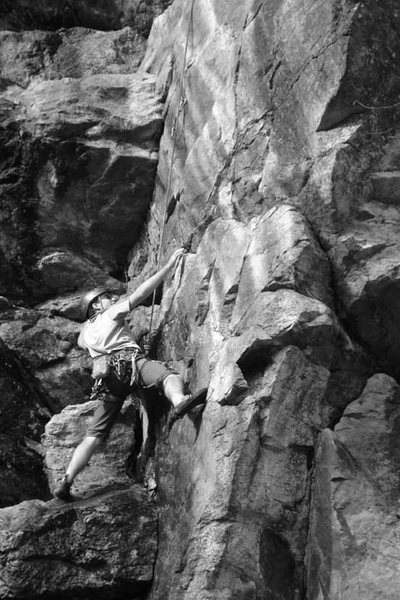 Dave moving in to Yer Anus (5.9) in wet conditions...haha...