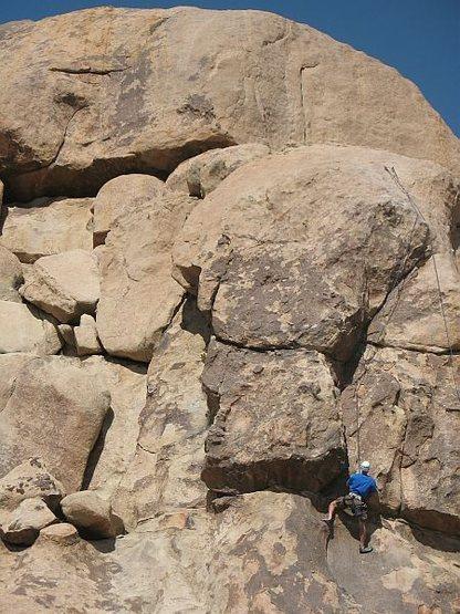Climber following on Fun Stuff (5.8), Joshua Tree NP