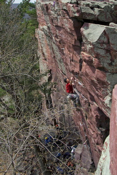 Rock Climbing Photo: Sometime Direct. Placing pro before the crux secti...