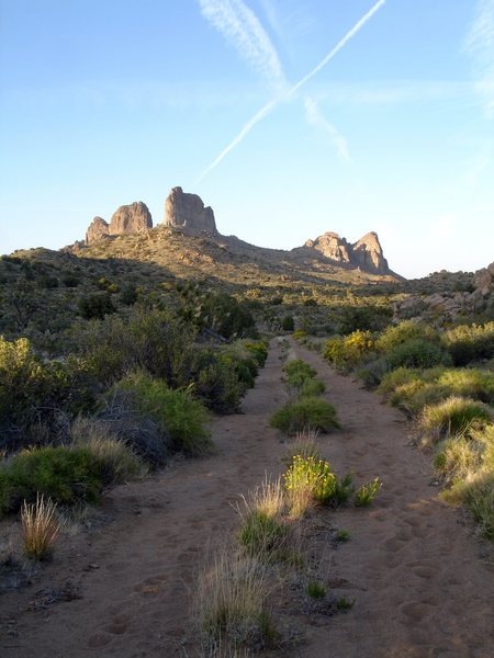 Rock Climbing Photo: Looking back at the Castle Peaks on the hike out. ...