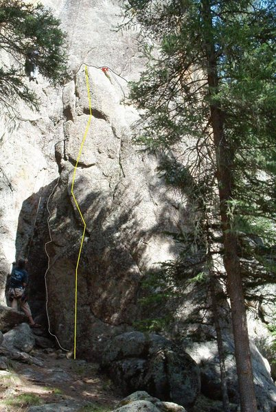 Rock Climbing Photo: Giant Boulder Left (Unnamed 5.8), Chilly Willy Wal...