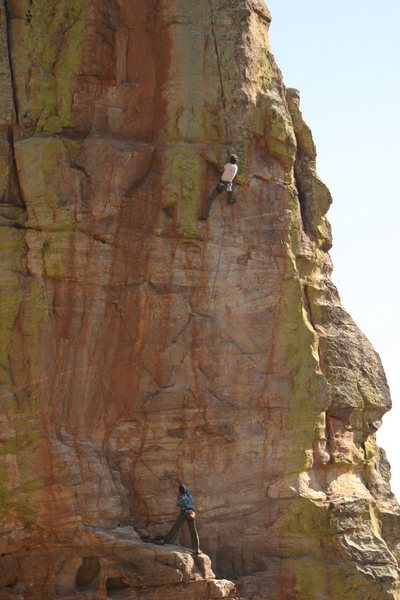 The crimpin' Catalonian on the uber classic Serfs Up 5.12-