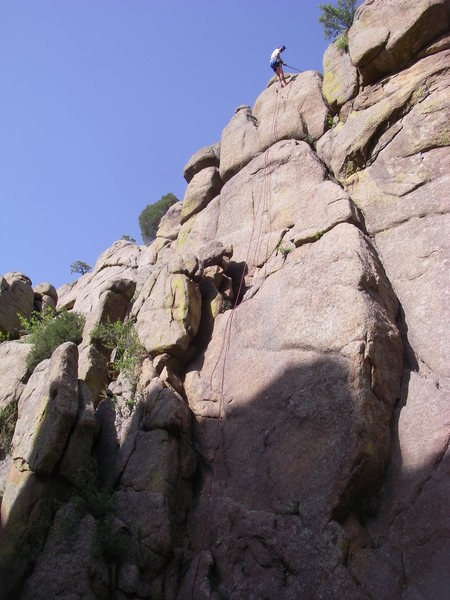 Dave lowering from the 2-bolt anchor.