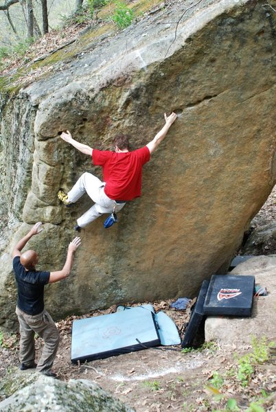 Nathan on the left-hand variation of this sweet problem.  'Course someone ruined the onsight potential for these guys with the world's largest tick-mark...  Better this kind of tick than deer ticks but come on people...