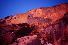 Rock Climbing Photo: The North Chimney. Early morning Glow, So amazing!...