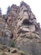 Rock Climbing Photo: The Nose climbs the obvious crack through the larg...