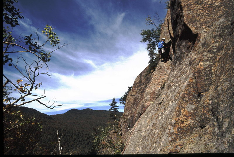 Rock Climbing Photo: Perfect Fall day, Yakapodu, Barkeaters, Daks.