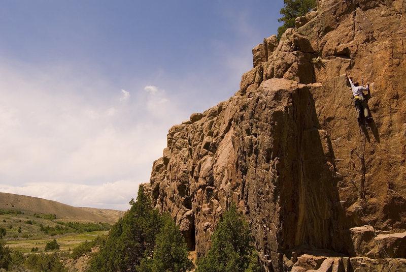 Rock Climbing Photo: Sasha Cherry on The Stinger - 5.11c/d