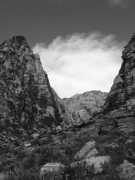 Rock Climbing Photo: Heading to climb Peyote Power on an unseasonably h...