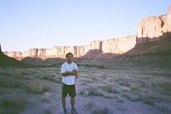 Rock Climbing Photo: Me on the approach to Moses, Canyonlands, NP.  We ...