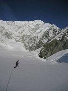 Rock Climbing Photo: Approaching the East ridge of Mt. Logan. Phot by J...