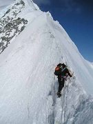 Rock Climbing Photo: Me leading lower knife edge, Mt. Logan's east ridg...