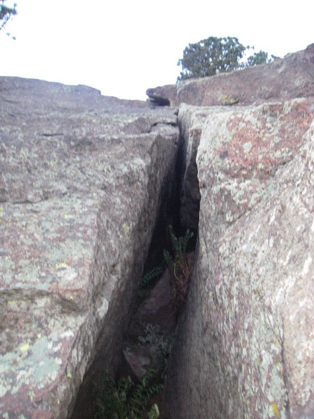 Rock Climbing Photo: Looking up easy OW start of Excellent Crack.