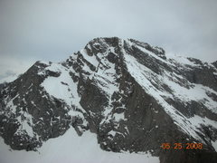 Rock Climbing Photo: 25MAY08 Conditions showing ice of Big Mac and rout...