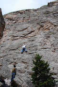 Rock Climbing Photo: Just past the start, notice the little pine tree, ...