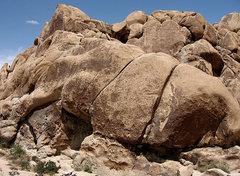 Rock Climbing Photo: Alpentine Wall area. Photo by Blitzo.