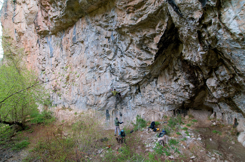 Rock Climbing Photo: Fossil Family - 5.12a.