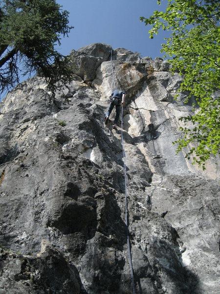 Brian Mutschler rappelling steep face of Crackbaby 5.9+