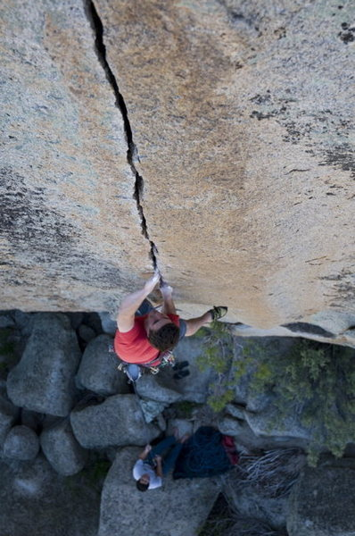 Rock Climbing Photo: Vic Lawson on Espresso Crack.  Photo by Kevin Cald...