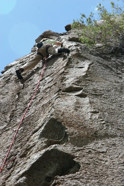 Rock Climbing Photo: Nearing the anchors on Digit Delight, 5.9